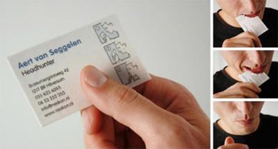 La Carte Comestible Un Chasseur De Tetes Vous Contacte Pour Effacer Les Preuves Votre Rencontre Il Suffit Lavaler Pas Le