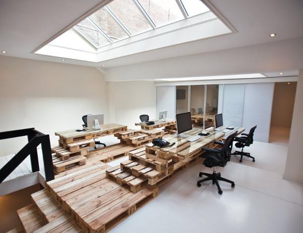 Des bureaux en palettes écologiques et design mode s d emploi