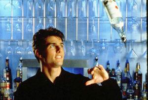 Cocktail: Tom Cruise jobber som bartender i Cocktail