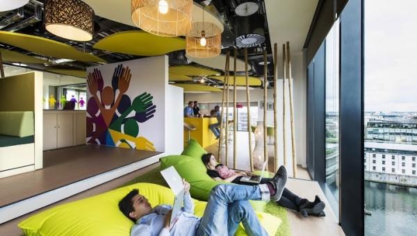 Google-Dublin-giant-pillows
