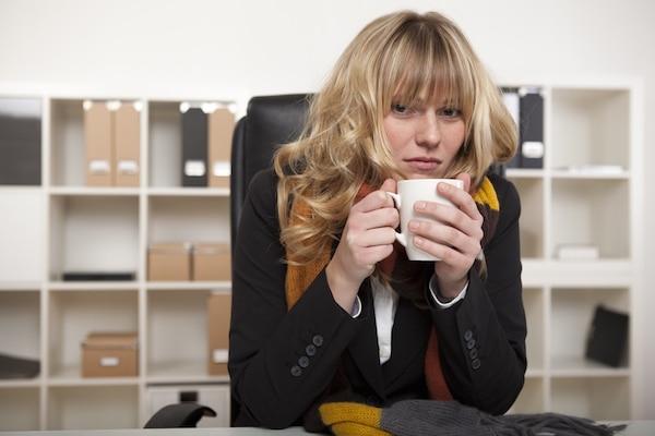pourquoi les femmes ont plus froid que les hommes au bureau mode s d 39 emploi. Black Bedroom Furniture Sets. Home Design Ideas