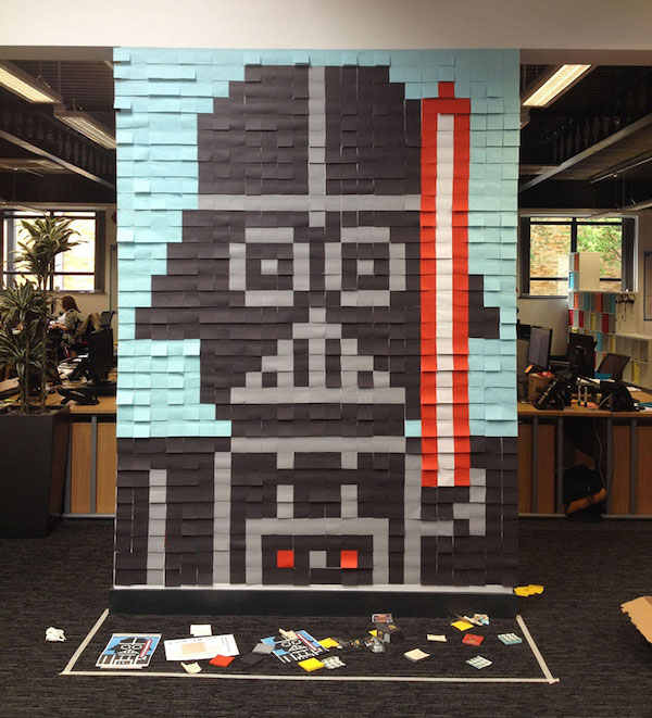 Star-wars-mural-post-it-vador