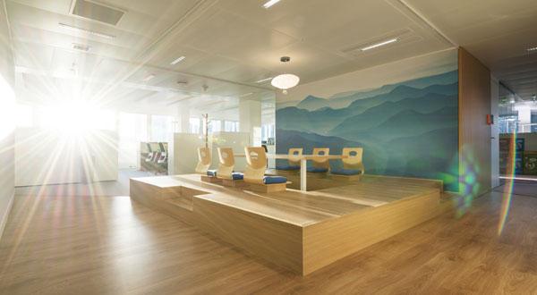 Une salle de réunion zen d'inspiration japonaise