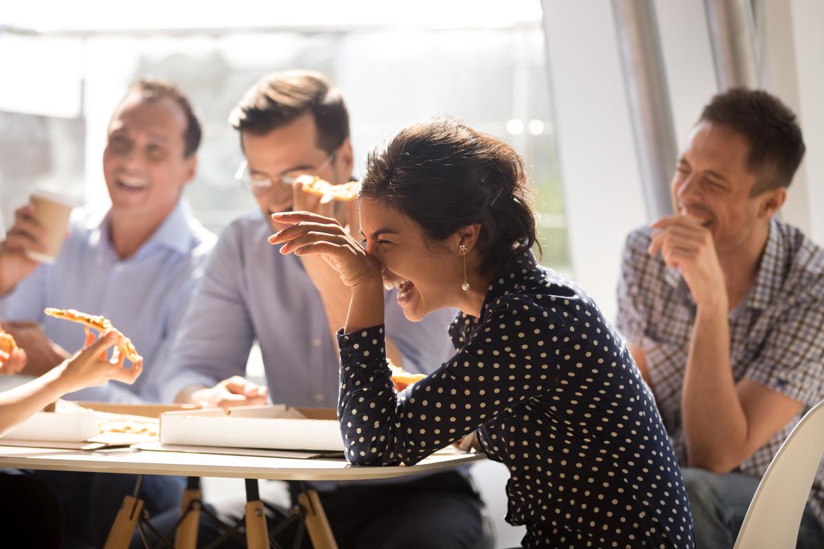 Quels rapports entretenez-vous avec vos collègues ? Participez à notre enquête !
